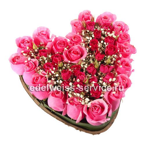 """""""Розалия"""". Корзина роз в форме сердца"""